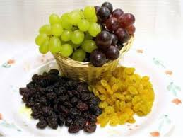 """Why do the words """"raisin"""" and """"grape"""" both exist in English, since raisin  means grape? - Quora"""